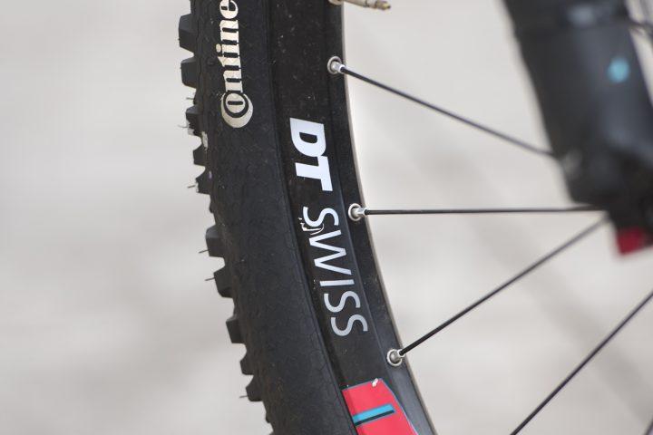 Llantas DT Swiss H 1900 Spline disc eyelets width 30mm