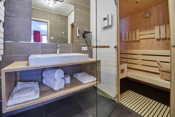 Badezimmer mit privater Sauna