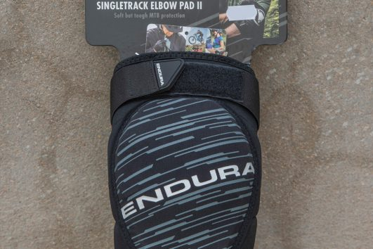 ENDURA Singletrack Ellbow Pad 2 black
