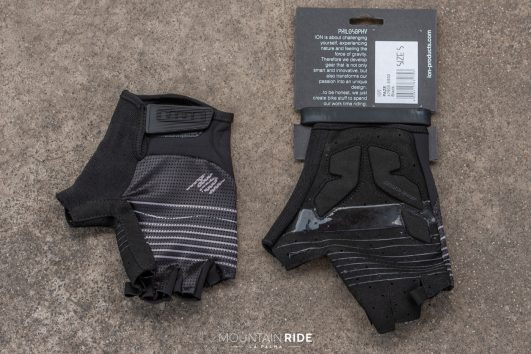 ION Paze guantes negro