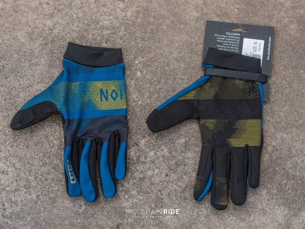 ION Scrub ozean blue modelo 2020 guante