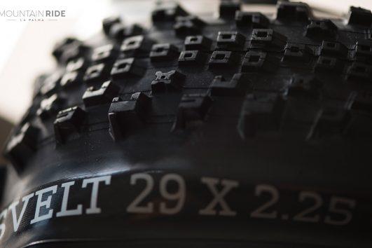 """ONZA SVELT 29"""" 2.25"""