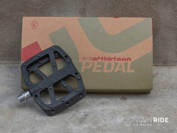 E*thirteen Base Flat Pedal/ Pedal de plataforma